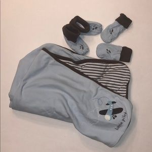 Janie and Jack layette pilot set - 3 to 6 Months